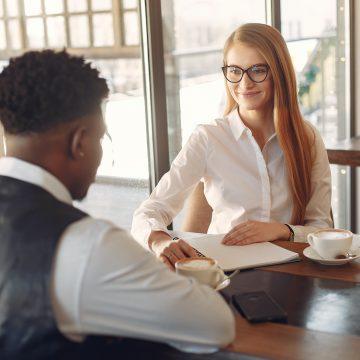 Who's the boss? Umiejętności językowe a rynek pracy